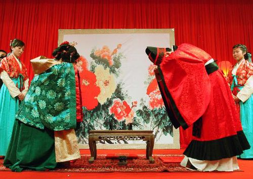 Culture Researchers Hold Traditional Wedding with the Style