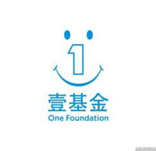 the one 钢琴logo
