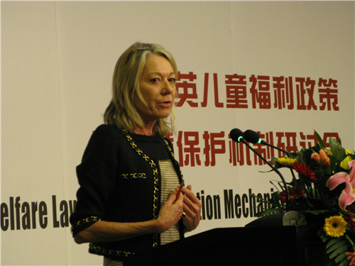 English solicitor and United Nations Children's Fund (UNICEF) Child Rights Lawyer Anne-Marie Hutchinson OBE speaks at the seminar on child welfare law and protection mechanism at Beijing Normal University on March 12, 2013. [Women of China / Zhang Yuan]