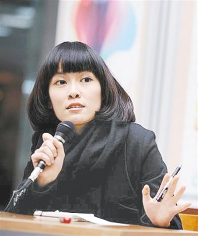 Yan Ge, author of the book Our Family [The Beijing News]