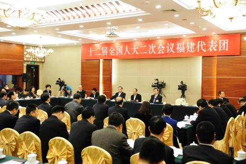 Deputies Discuss NPC Standing Committee's Work Report