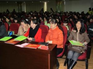 In conjunction with International Women's Day, which falls on March 8, a seminar on family education was held in north China's Inner Mongolia Autonomous Region on the eve of International Women's Day.[Gao Yu]