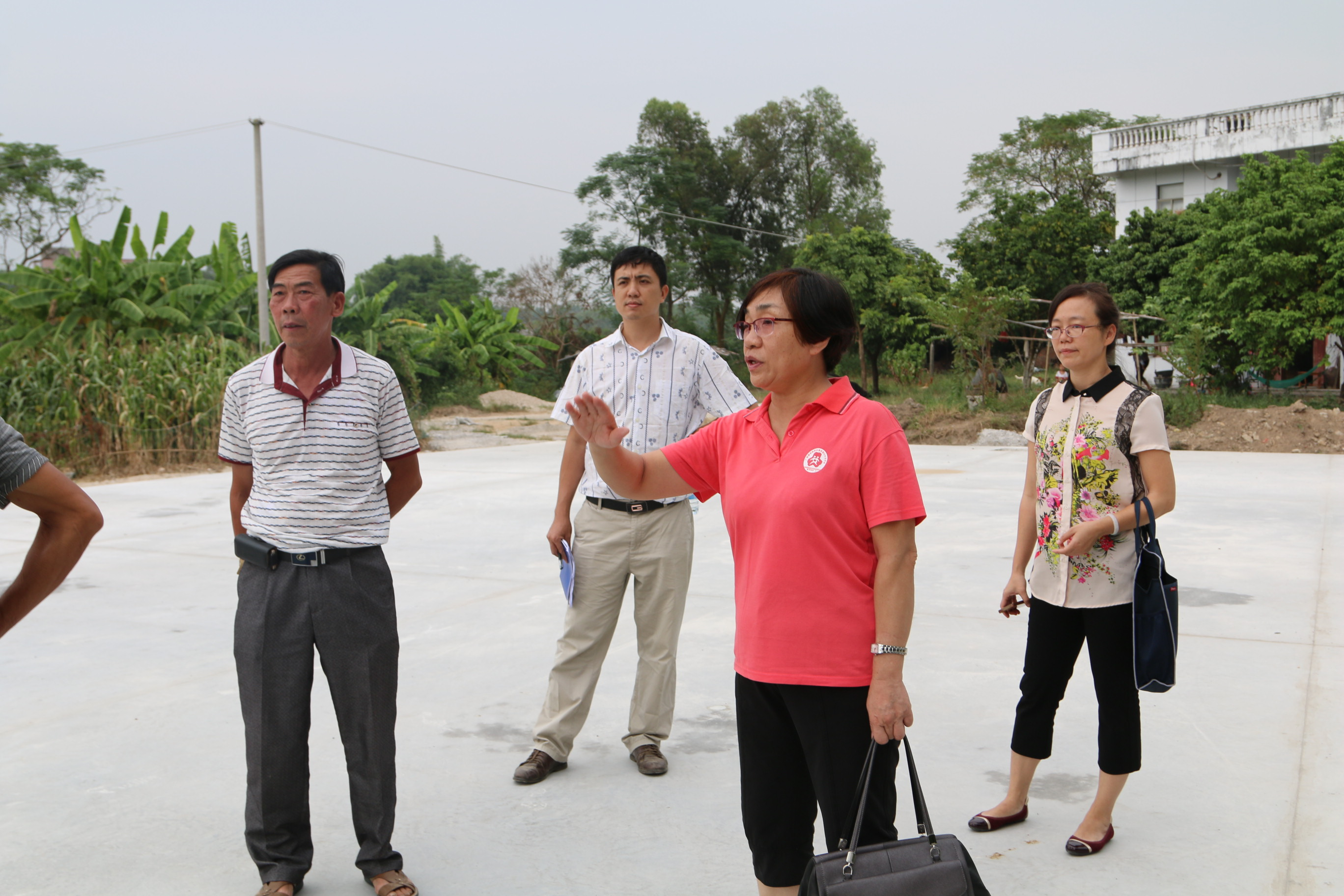Local Women's Federation Promotes Targeted Poverty Alleviation in South China