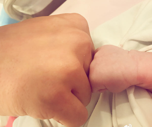 Actress Angelababy Gives Birth to Baby Boy