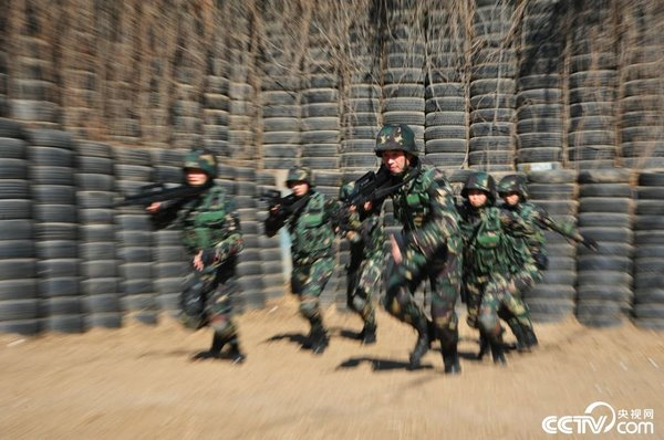 China's Female Special Troops in Training