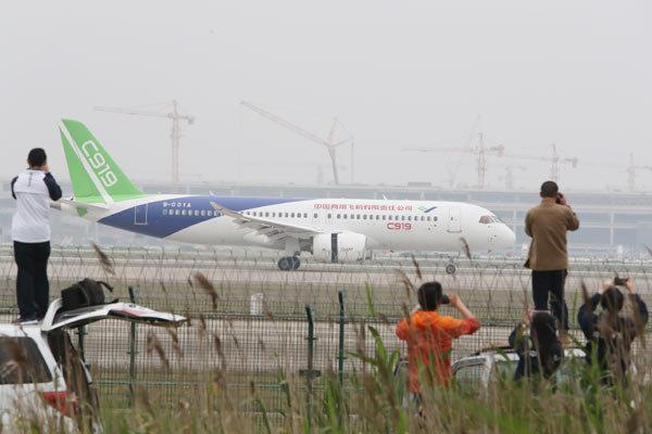homegrown large passenger plane - 600×400