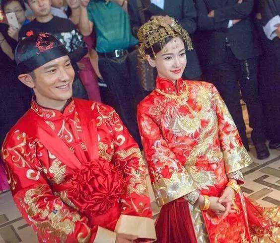 Report: Traditional Chinese Wedding Ceremony Back in ...