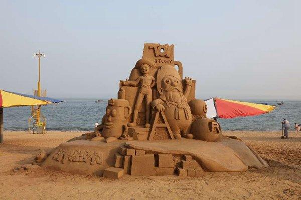 Sand Sculptures Impress Beach Goers in NE China's Dalian ...