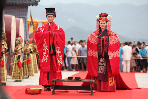 Large Scale Group Wedding Ceremony In Han Style Held Central China