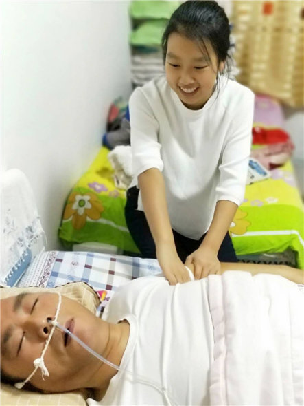 Girl, 13, Takes Good Care of Sick Father