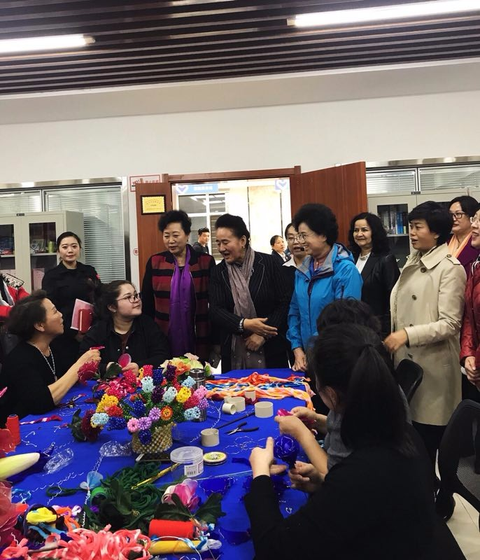 ACWF VP Publicizes Latest Congress Spirit in NW China