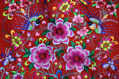 Yi Embroidery Shines in SW China's Yunnan