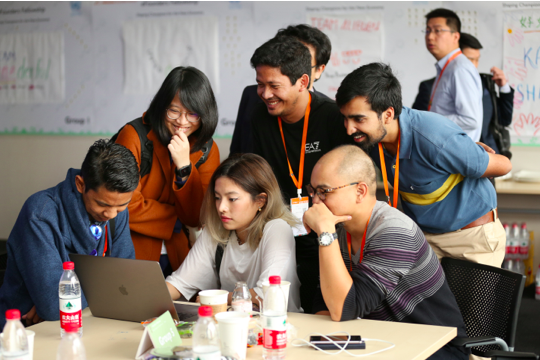 Young Overseas Entrepreneurs Learn From Alibaba's Experience