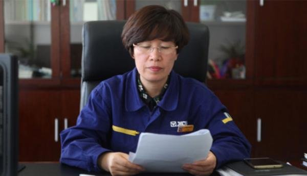 Senior Engineer Sun Li Contributes to China's Crawler Crane