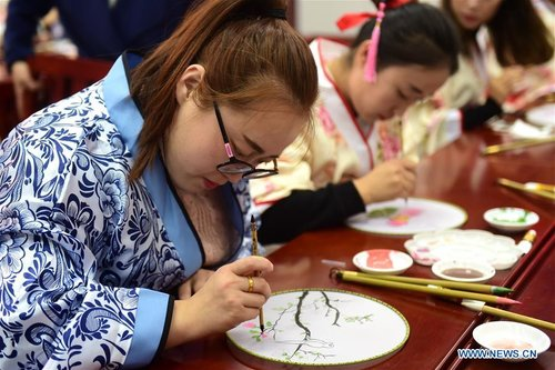 Teachers in N China's Hebei Take Courses of Chinese Traditional Culture