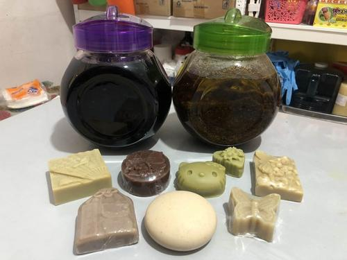 Malaysian Woman Benefits People with Self-made Herbal Soaps