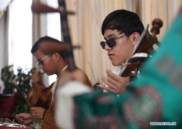 CHINA-TIBET-LHASA-VISUALLY IMPAIRED MUSICIANS-NURSING HOME (CN)
